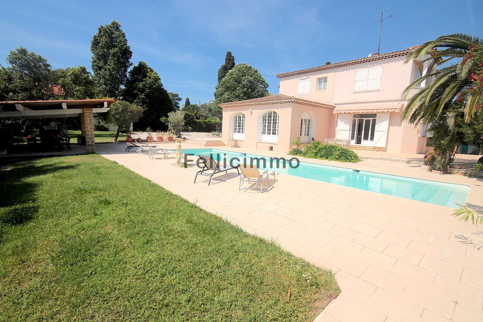 Offres de location Villa Antibes (06600)